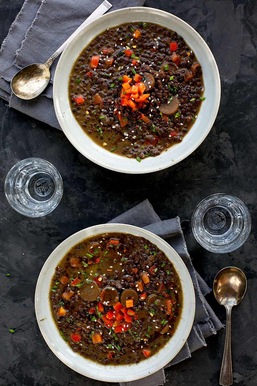 Black Lentil Sesame Coconut Soup - #vegan #glutenfree - CaliZona - Not only does it have heartwarming flavors, it's healthy and delicious!