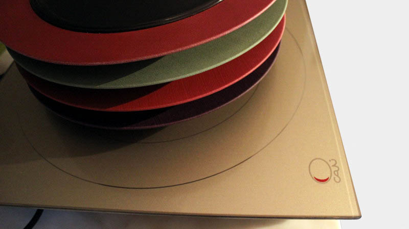 CALI@ INDUCTION HOB GOLD + COLORED PLATE 800 dpi-4