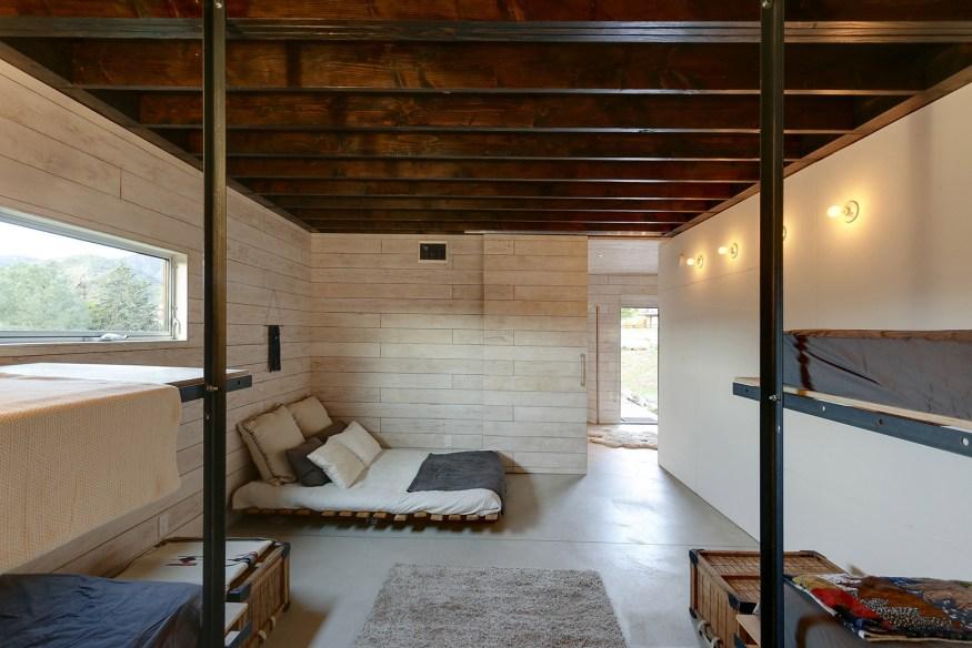 510-Cabin-by-Hunter-Leggitt-Studio-14