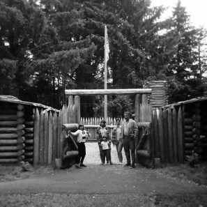 Fort Clatsop 1965 with my Grandparents, Mom and Aunts.