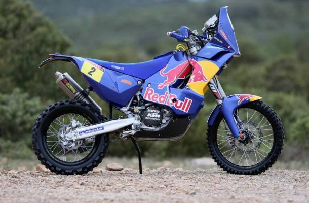 Dakar, Day Nine: Casteau drops out, Despres in front