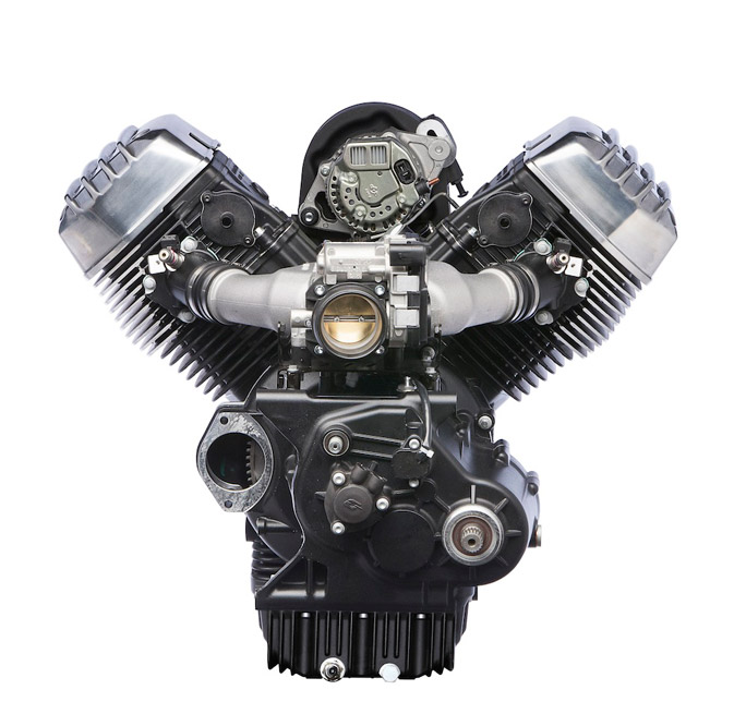 Cali-1400-engine_Rr