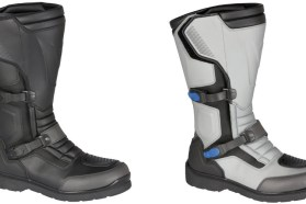 The Dainese Carroarmoto boots come in black or white; not wanting to look like Neil Armstrong, I went with black.