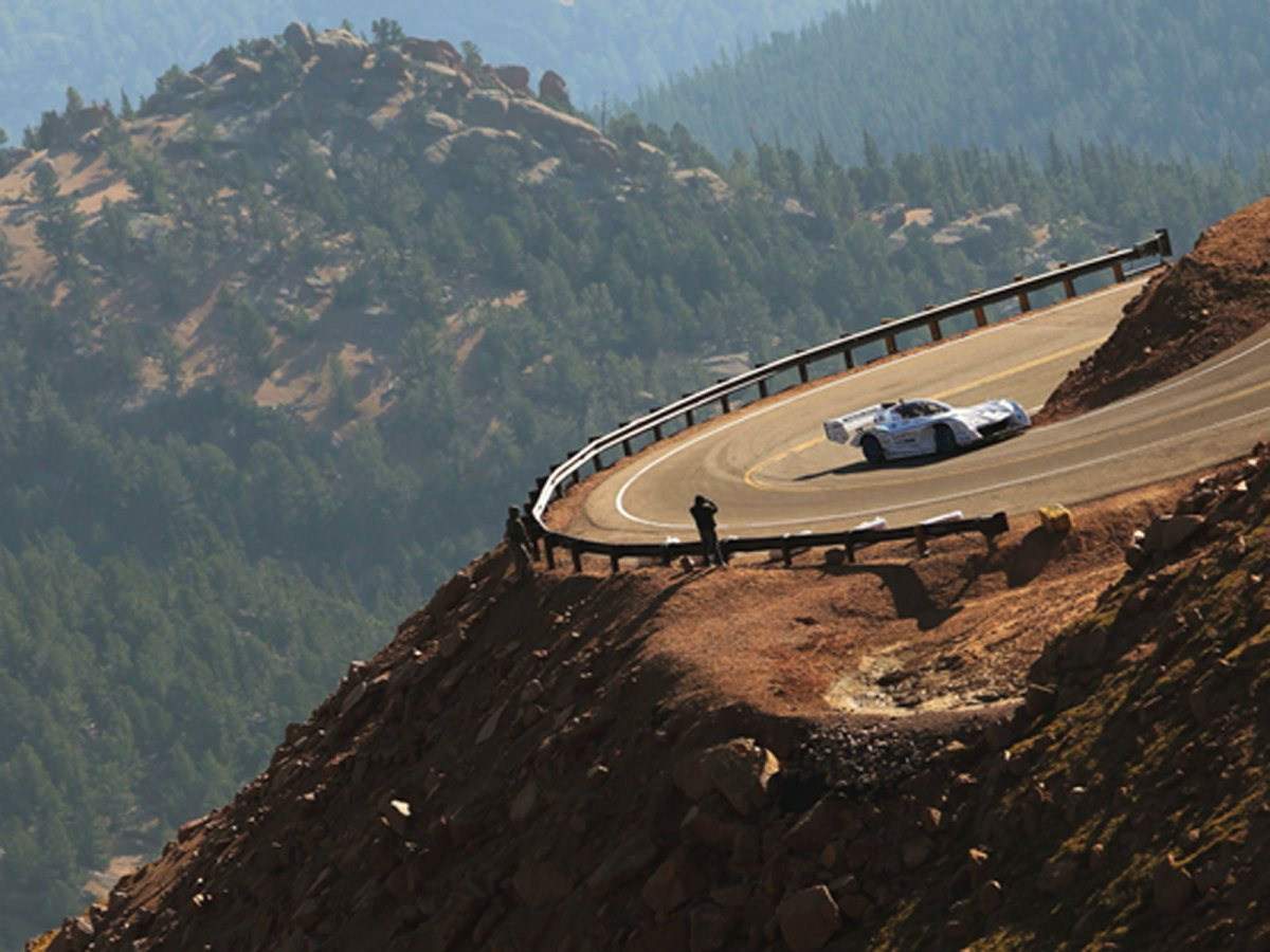 Explainer - Pikes Peak International Hill Climb 2015