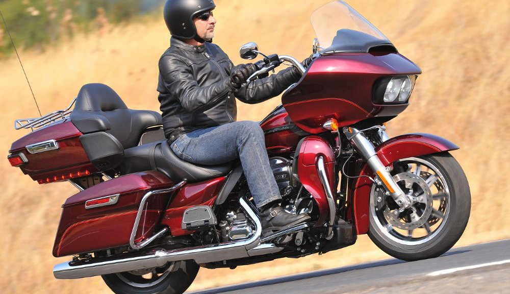The Road Glide Ultra returns to the MoCo lineup after a couple years off the sheets.