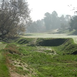 The barrancas of LACC are now cleared and part of the strategy of the design, as seen on the par five 8th hole.