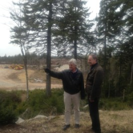 """""""We'll put the island green over there."""" Toronto designer Tom McBroom talks with the developer of Brunello Estates about his new course in Halifax."""