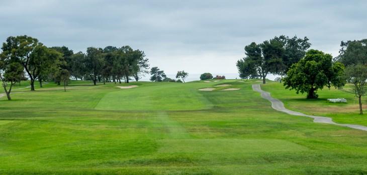 Torrey Pines South opening hole, dogleg right 1st hole