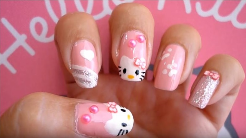 uñas de hello kitty paso a paso