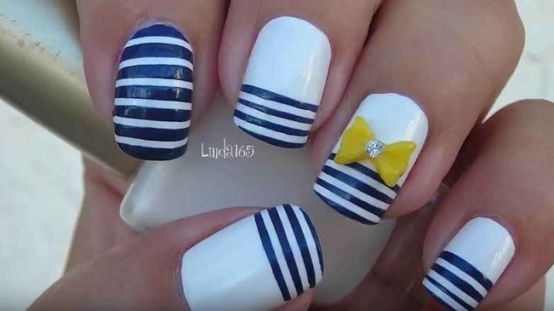 decoración de uñas con rayas fácil