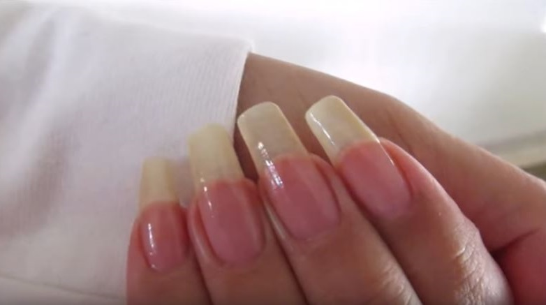 Como hacer crecer las uñas en una semana (con remedios caseros)