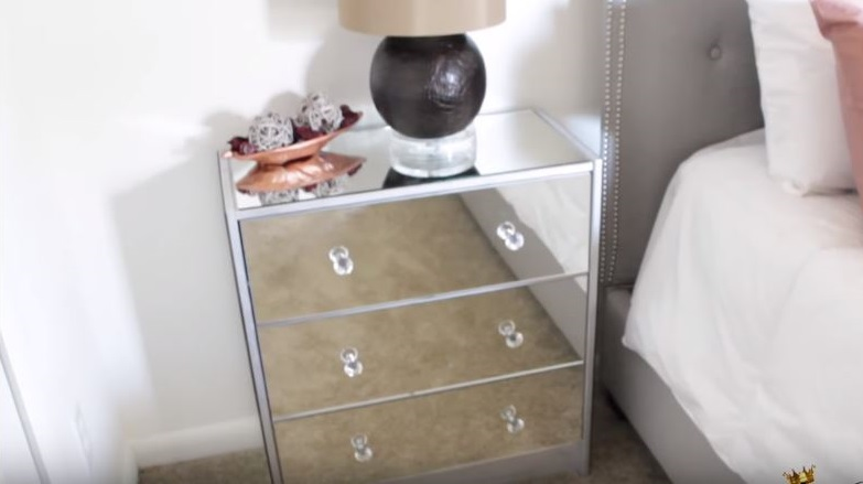 como hacer un mueble espejado