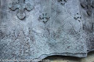 Close up detail of Queen Elizabeth's skirt