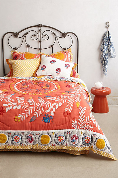15 gorgeous boho glam duvet covers and bedspreads for Mexican embroidered bedding