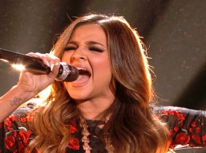 """Watch The Voice Season 10 Live Top 9 Performances Episode 23: See former child actress/season 10 frontrunner Alisan Porter of Team Christina Aguilera cover Aerosmith's rock hit """"Cryin"""" for the crowd on Monday, May 9, 2016. Loved her rendition of the song!"""