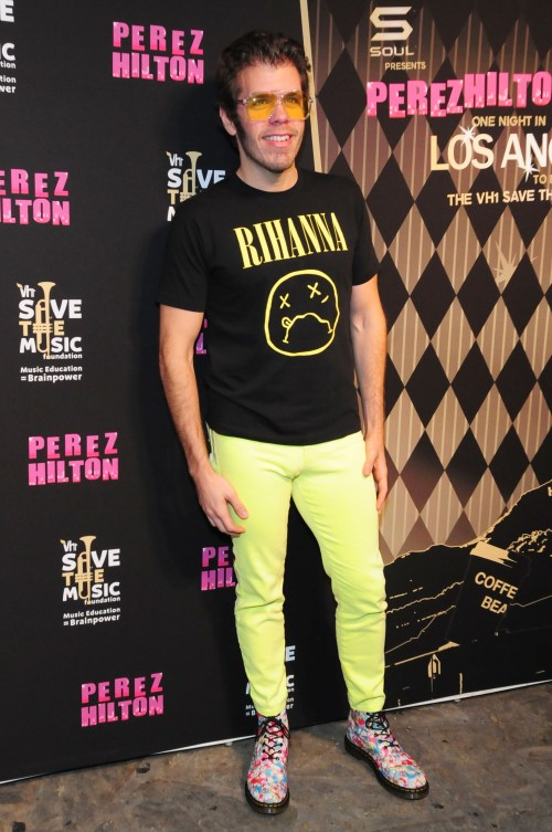 151418096 680x1024 Celebrity Images: The Saturdays & The Wanted Help Celebrity Blogger Perez Hilton Save The Music at One Night in Los Angeles!