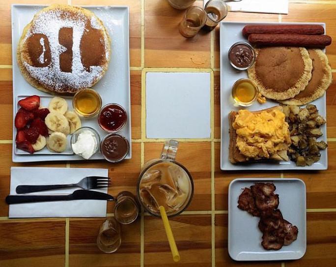 Walter's Coffee Roastery breakfast