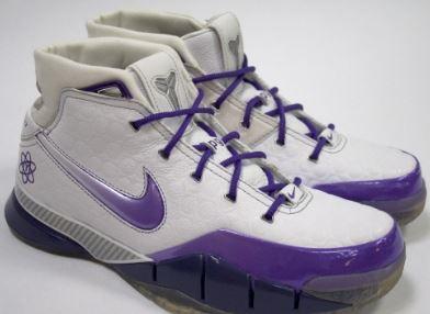 *Nike Zoom Kobe I