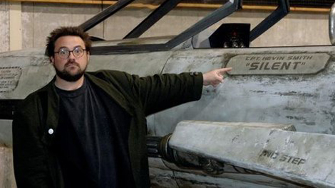 CIBASS_kevin-smith-describes-star-wars-episode-vii-set-visit