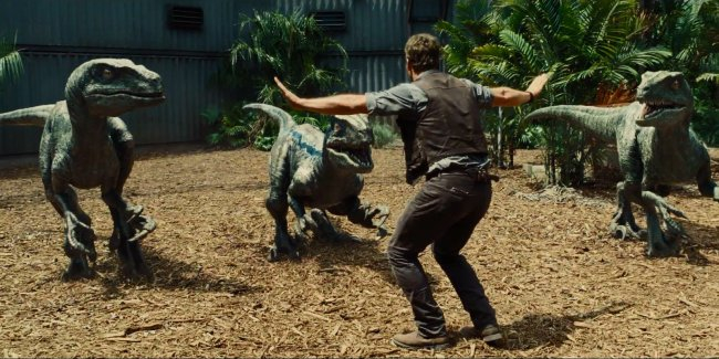 CIBASS Jurassic World acción
