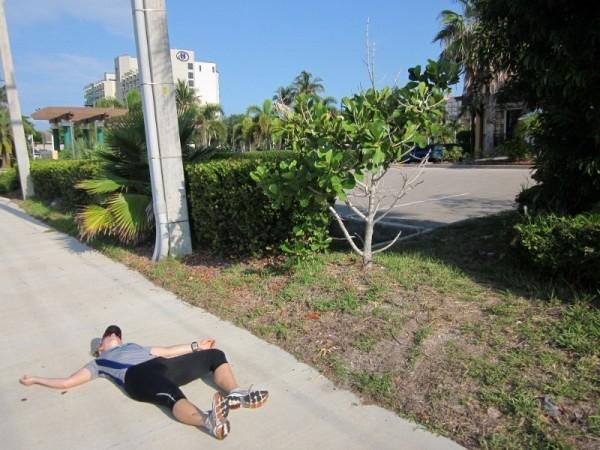 http://runeatrepeat.com/wp-content/uploads/2013/08/dead-runner-on-sidewalk.jpg