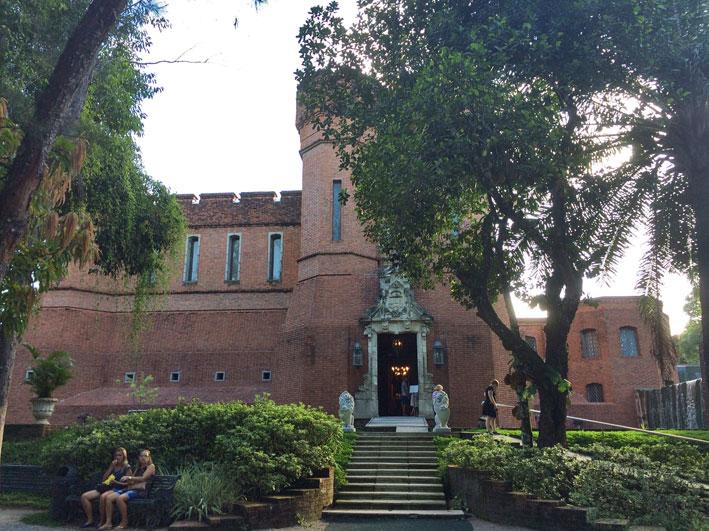 Instituto-RIcardo-Brennand-armas