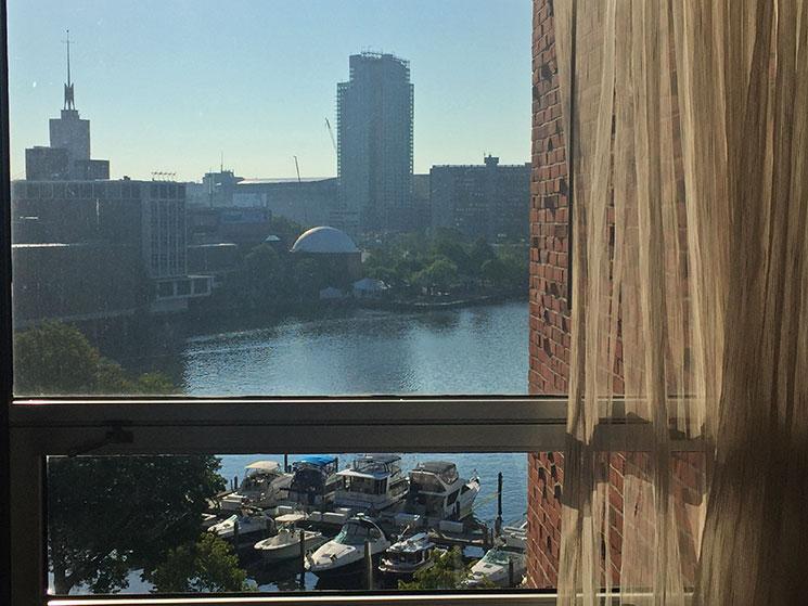 hotel em Boston janela
