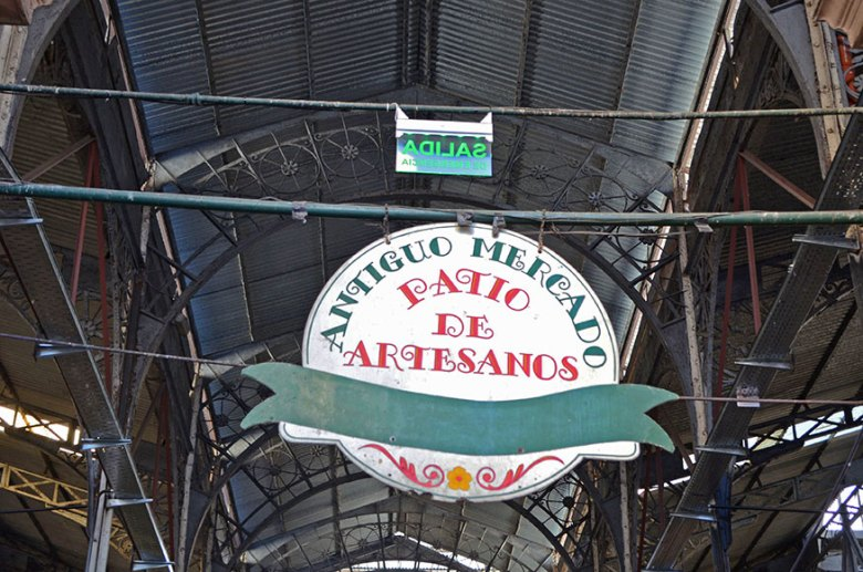 Antiguidades no Mercado de San Telmo