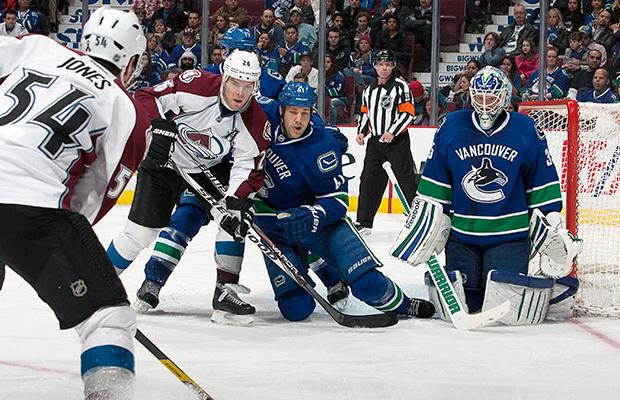 Canucks vs Avalanche