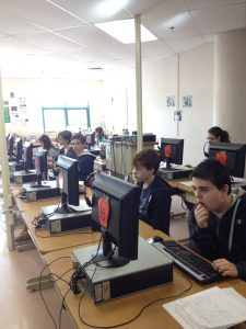 TWT Row of students at computers  (9)