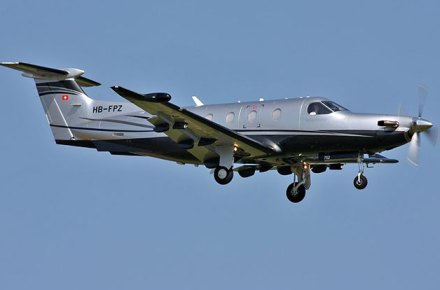 Pilatus PC-12 aterrizando
