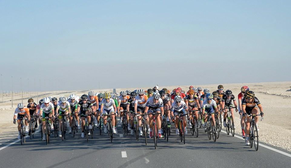 Ladies Tour of Qatar 2015 - 03/02/2015 - Etape 1 - Museum of Islamic Art / Dukhan Beach - Qatar - peloton