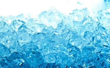 stack-of-blue-ice-cubes-wallpaper