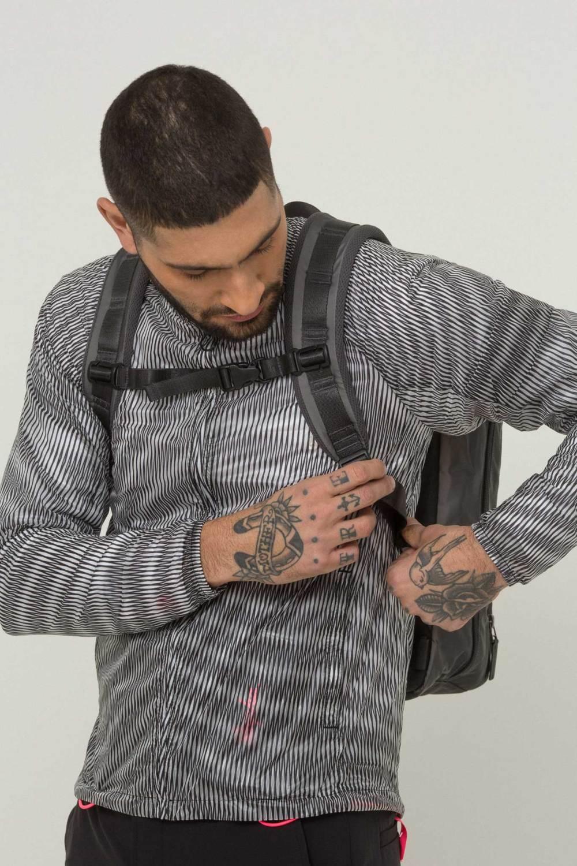 H1-17_City_Printed-Pack-Jacket-Lines-Backpack-5