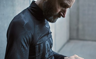 Void-Cycling_Armour_waterproof-windproof-wet-weather-road-cycling-kit-apparel_rainy-jersey