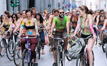 canterbury-officers-to-pull-over-aroused-activists-at-world-naked-bike-ride-81899_1