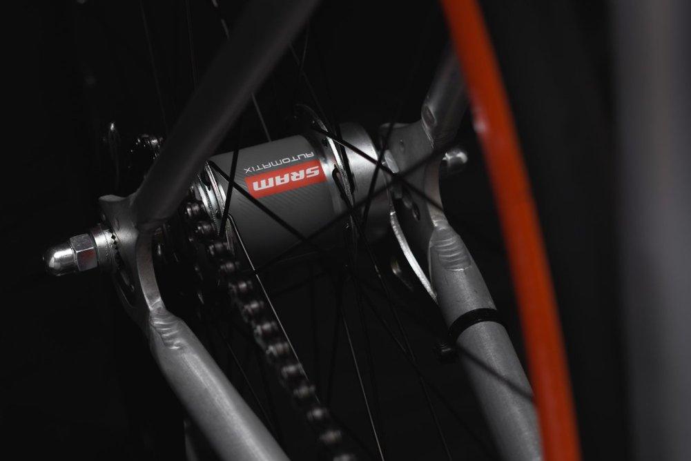 equilibrium-bike-by-sz-bikes-italia-3-1360x908