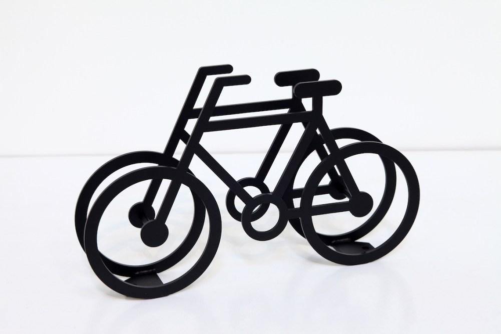 on-bicycle-stand-yuma_kano_urbancycling_6