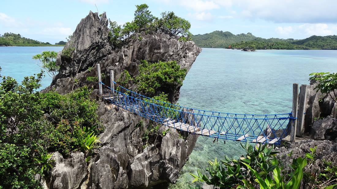 isla aga, basilisa, dinagat islands