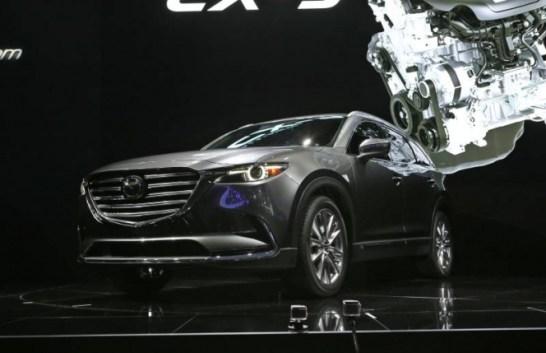 引用元 http://driving.ca/infiniti/auto-shows/l-a-auto-show/ford-escape-infiniti-qx30-lead-the-suv-pack-in-l-a