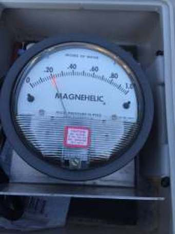Magenhelic Air Pressure Meter