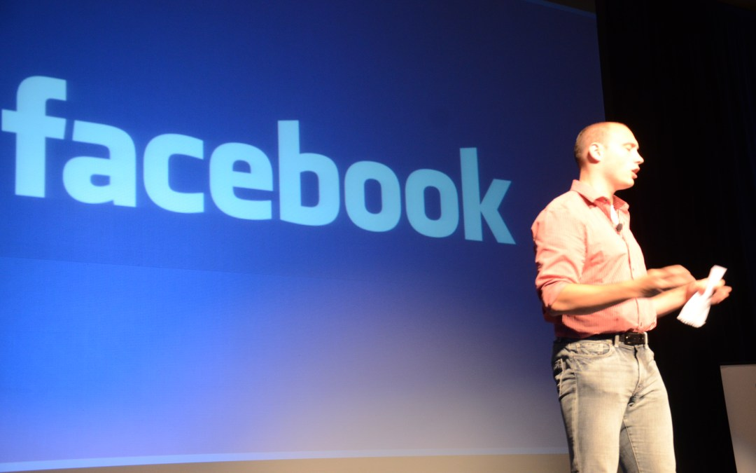 Facebook Plans on Using Ads to Attract New Employees