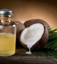 Coconut oil for the treatment of dementia