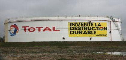 total-destruction-durable