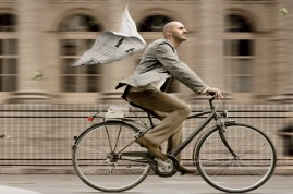 Vive la bicyclette pour améliorer la sécurité routière en ville!