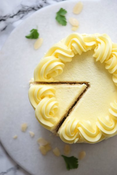 The Very Best Vanilla Layer Cake Recipe