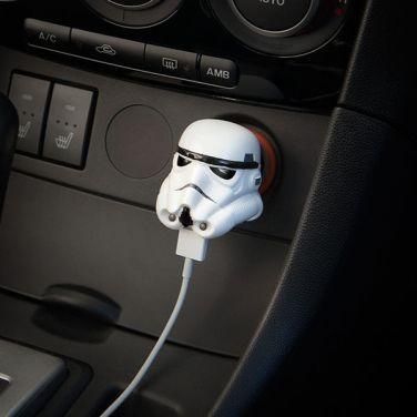 iiuk_stormtrooper_helmet_car_charger_w_600