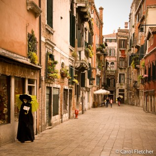 A back lane in Venice