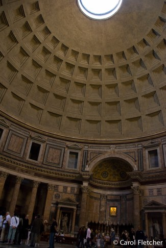 Inside the Pantheon - open to rain or snow, all these years