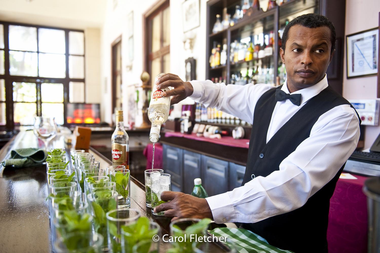 bartender hotel nacional havana cuba mojitos
